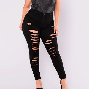 Fashion Nova No Promises Distressed Skinny Jeans in Black. Size 3X or 3XL
